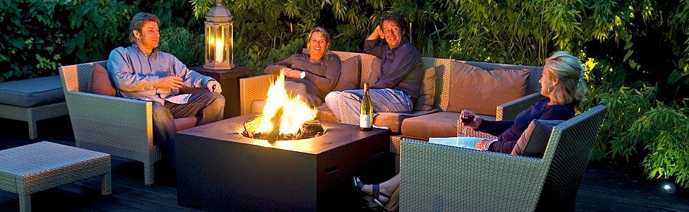 startseite garten und terrassen feuerstellen gem tlichkeit und w rme auf knopfdruck. Black Bedroom Furniture Sets. Home Design Ideas